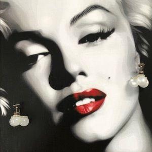 🔥 Vintage Moonstone Screw Back Earrings